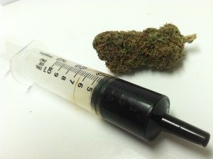 Nielegalne leczenie medyczną marihuaną, KonopiaLeczy.com