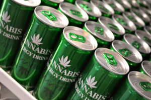 Przeciętny palacz marihuany wydaje na nią..., KonopiaLeczy.com