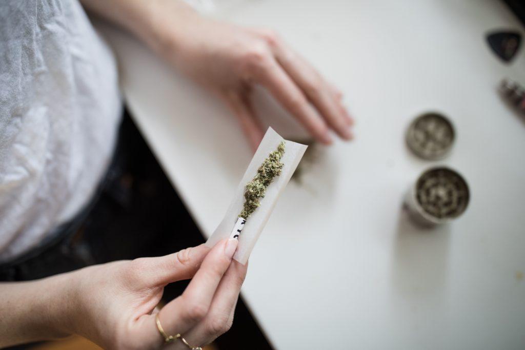 Małe Dawki Marihuany Poprawiają Libido, KonopiaLeczy.com